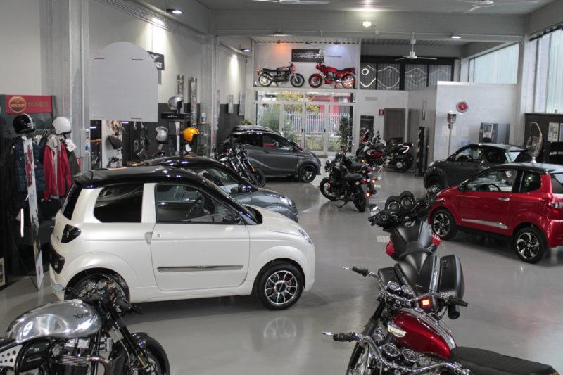 foto-dotoli-moto-auto-dettagli-archivio-concessionaria-ufficiale-minicar-motoguzzi
