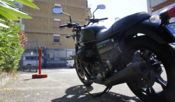Moto Guzzi V7 III Stone completo