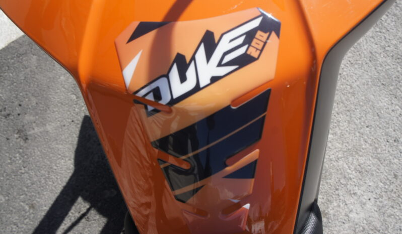 KTM DUKE 200 completo